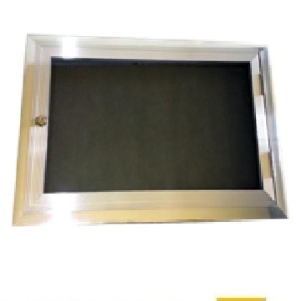 Quadro de aviso com porta de vidro